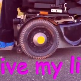 ドイツの遠位型ミオパチー患者、サスキア・メルヒェスさんのYouTube動画紹介