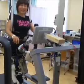 HAL医療用下肢タイプ、体験動画のご紹介